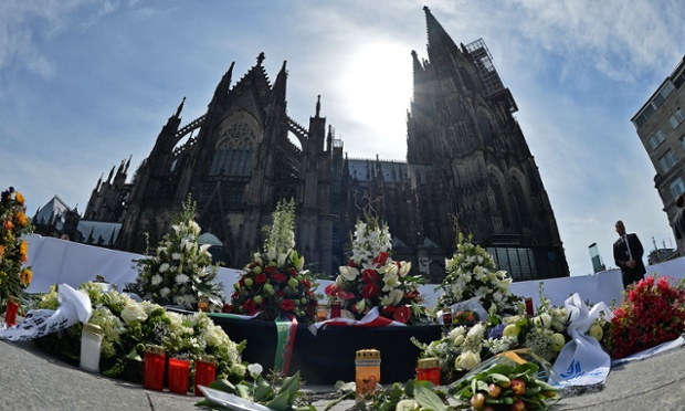 Mandatory Credit: Photo by Action Press/REX Shutterstock (4673612ag) Memorial for Germanwings A320 Plane Crash victims Memorial service for the victims of the Germanwings A320 Plane Crash, Cologne, Germany - 17 Apr 2015