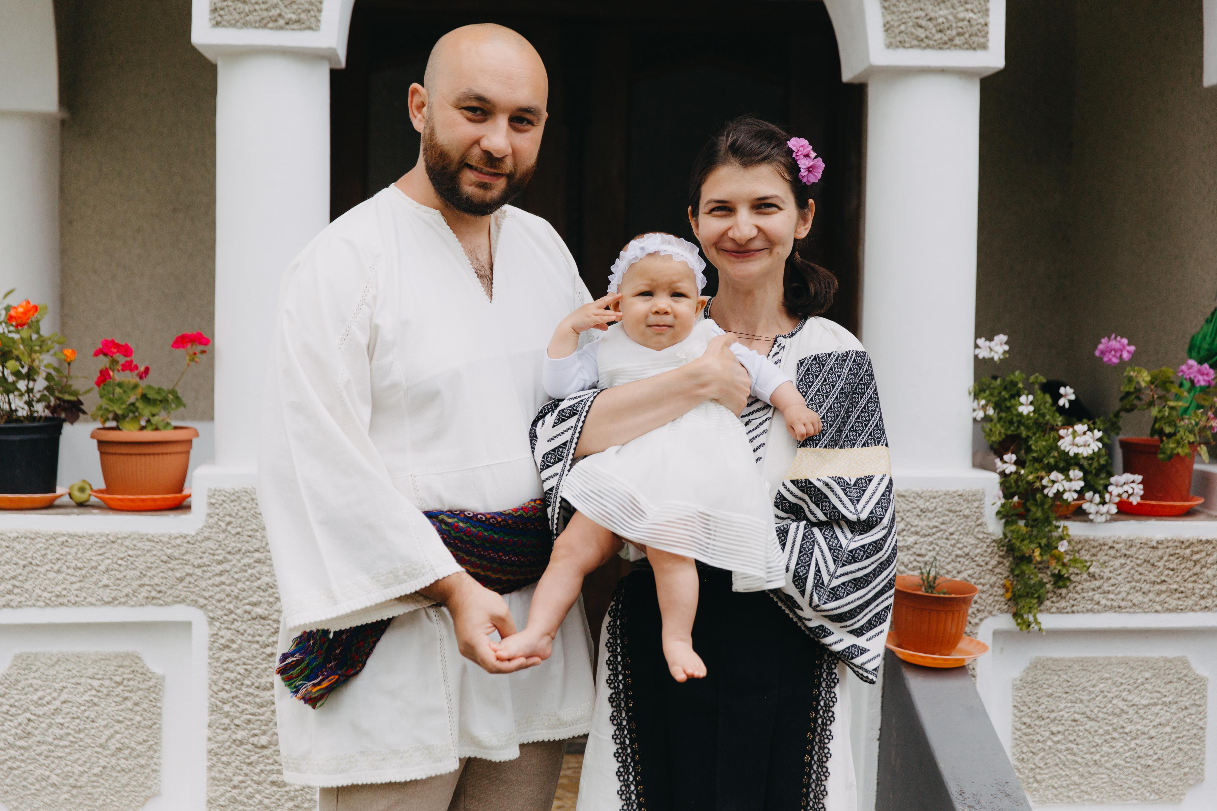De la stânga la dreapta: Florin, Cristiana și Gabriela
